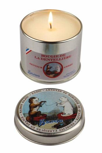 Sajou Lacemaker's amber scented candle round tin open