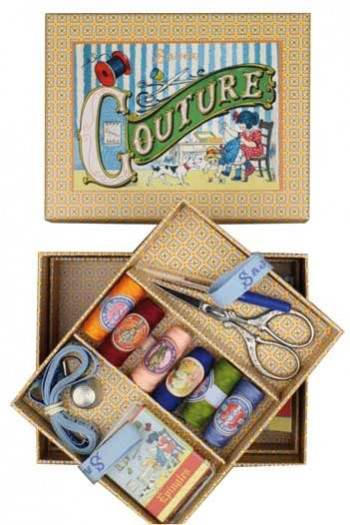 Sajou Little Girl sewing complet sewing set